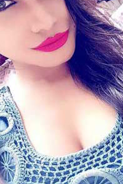 Housewife call girls in Gurgaon